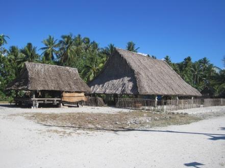 Maneaba_in_Marakei,_Kiribat